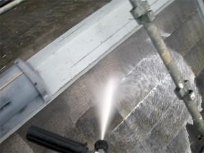 屋根塗装前洗浄