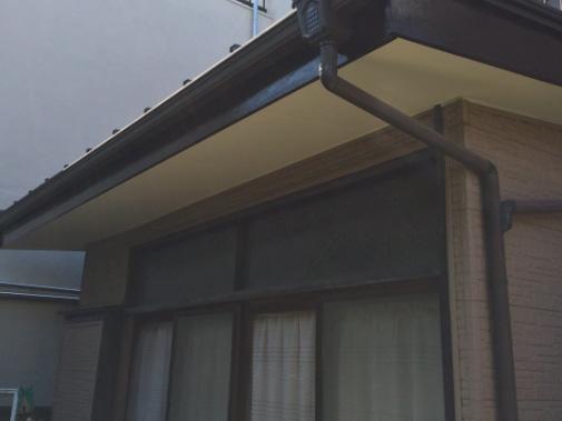 板橋区T様邸改修工事『軒天・破風板塗装』